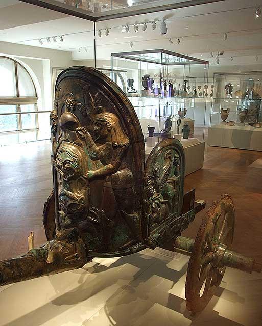 carruaje etrusco