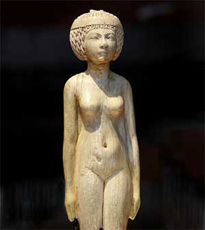 mujer estatua egipto