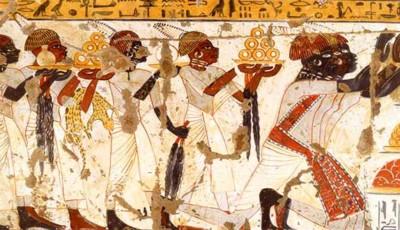 Antiguos nubios realizando ofrendas